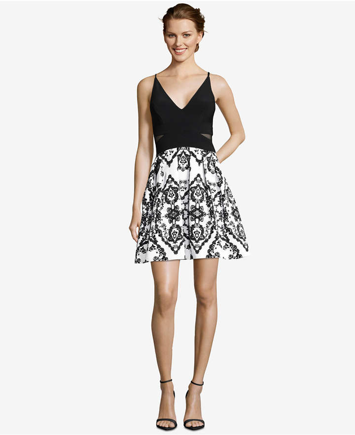 Hottest Cocktail Dresses For Those Special Holiday Parties this season. Check out our styles from bodycon to rompers and they are al sexy!