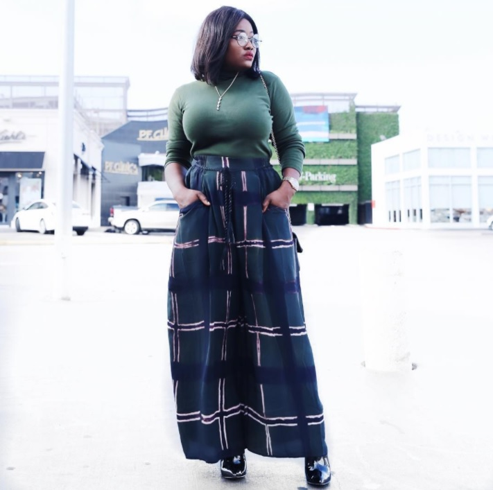 Fall Fashion Must-Haves Are Here! We the best for Fall Fashion 2017. Get tips for nails, tops, bottoms, bags & footwear so you step fashionably into 2018.