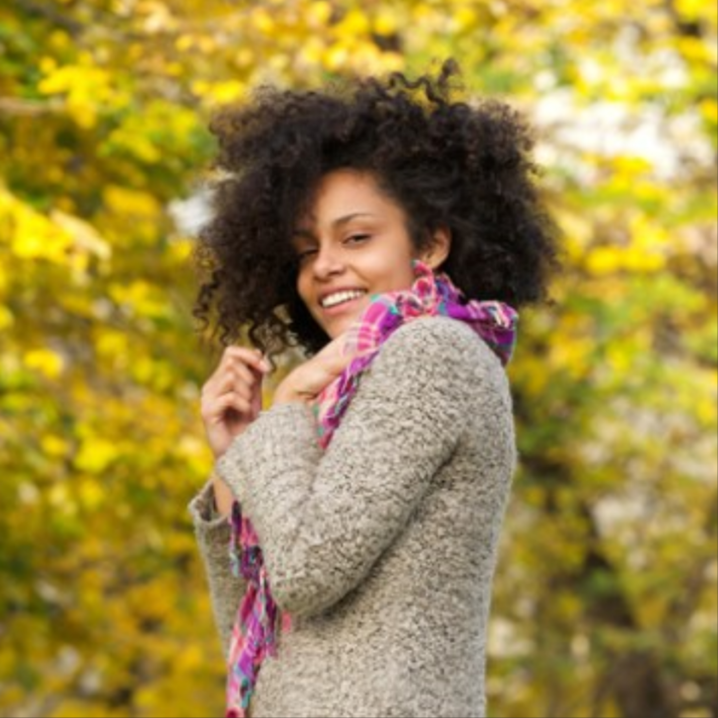 Easy Fall Natural Hair Tips That Minimize Breakage & Increase Moisture